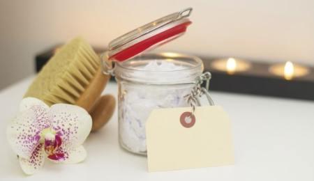 Make Money from Homemade Beauty Treatments