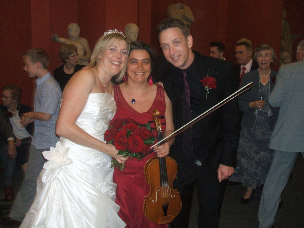 Hire wedding musician in Oxford Violin, viola for ceremony, reception - wedding music for reception