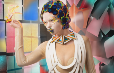 Makeup: Stefanija Vektere, Model: Klaudija Vektere, Jewellery:Lili Colley, Photographer: Robert Lipnicki
