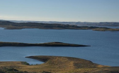 1223_02_8-Fort-Peck-Dam-Lake-Montana-USA_web-600x369