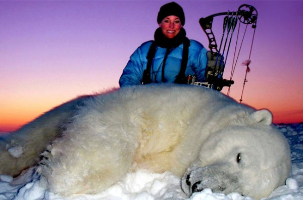 Xtreme Bowhuntress is First Women to Kill a Polar Bear with a Bow