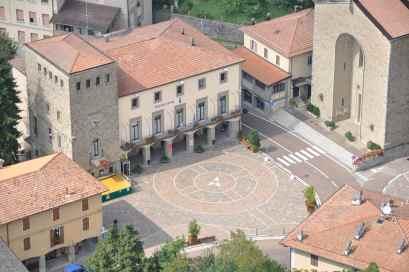 La Piazza vista dall'elicottero