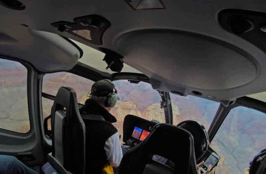 In volo sul Grand Canyon