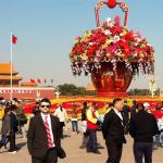 Santiago en la Plaza Tiananmen, en Beijing