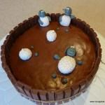 themataart versierde taart schaapjes in modderbad taart chocolade