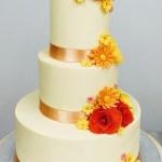bruidstaart huwelijkstaart met bloemen in herfstkleuren bestellen geel olen mol herentals westerlo diest lommel tessenderlo beringen hasselt turnhout balen retie dessel kasterlee