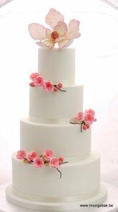 bruidstaart roze bloemetjes kerselaar geel olen mol kempen herentals westerlo balen retie turnhout tessenderlo lommel