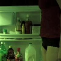Corto para no ir al refrigerador en la noche