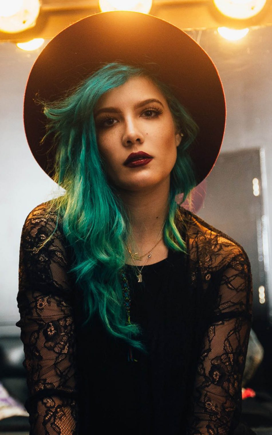 Halsey Wallpaper Quotes Download Halsey 2017 Free Pure 4k Ultra Hd Mobile Wallpaper
