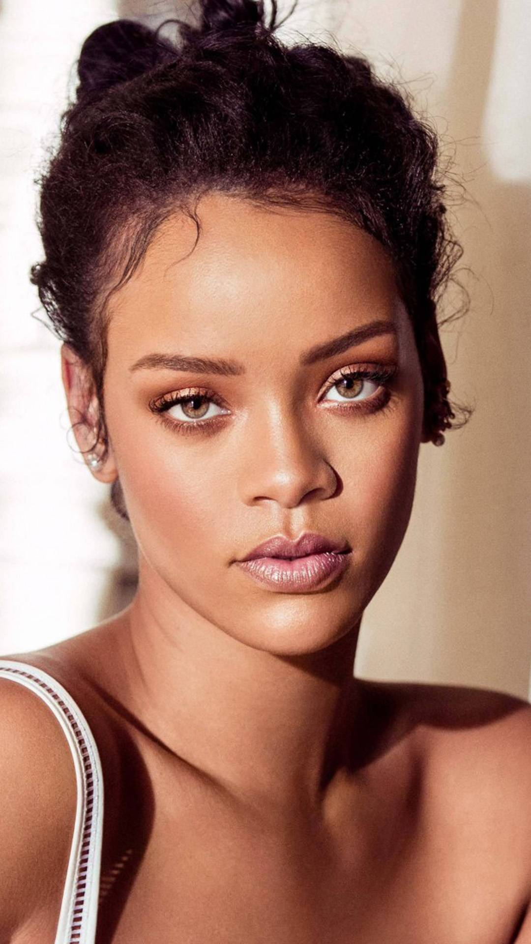 Hd Lock Screen Wallpaper Android Rihanna 2018 Download Free Pure 4k Amp Ultra Hd Mobile