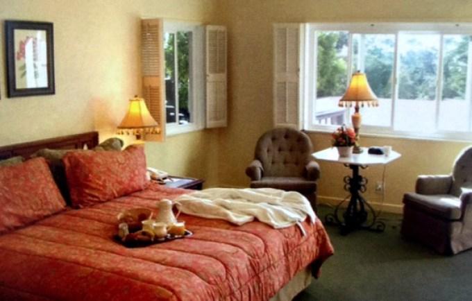 a hofsas house room