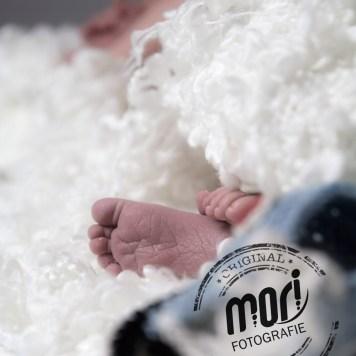 Newborn-Fotoshooting   MORI Fotografie - Salzkammergut