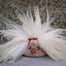 Köp väsen som kycklingar, tuppar, häxor och troll hos Mormors Julstuga