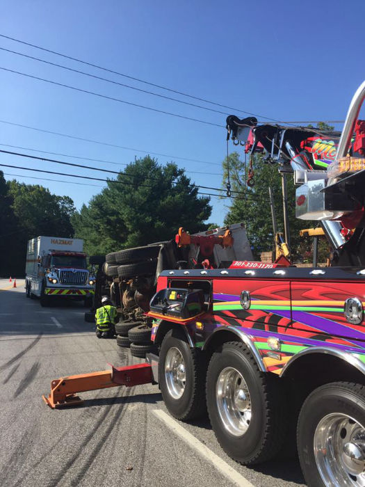 Photo Gallery of our Maryland Heavy Duty Towing - Morton\u0027s Towing