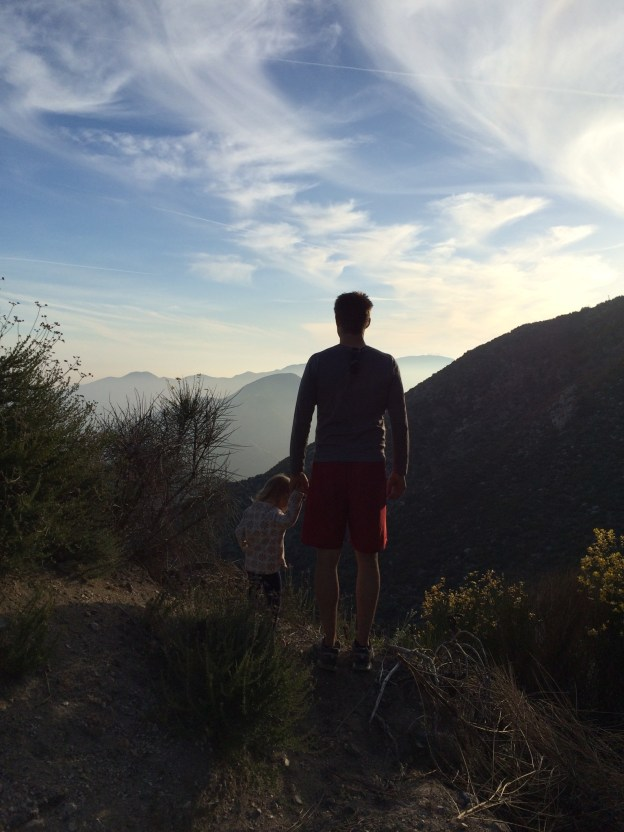 Family hike, hike with daddy, hike with mom, pasadena hikes, LA hikes, los angeles hikes