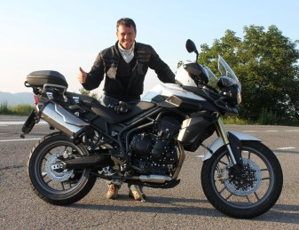 This guy christened his new motorcycle with a run up the Futa - Now he's the man!