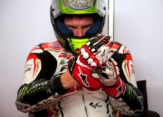 Cal Crutchlow gloves on