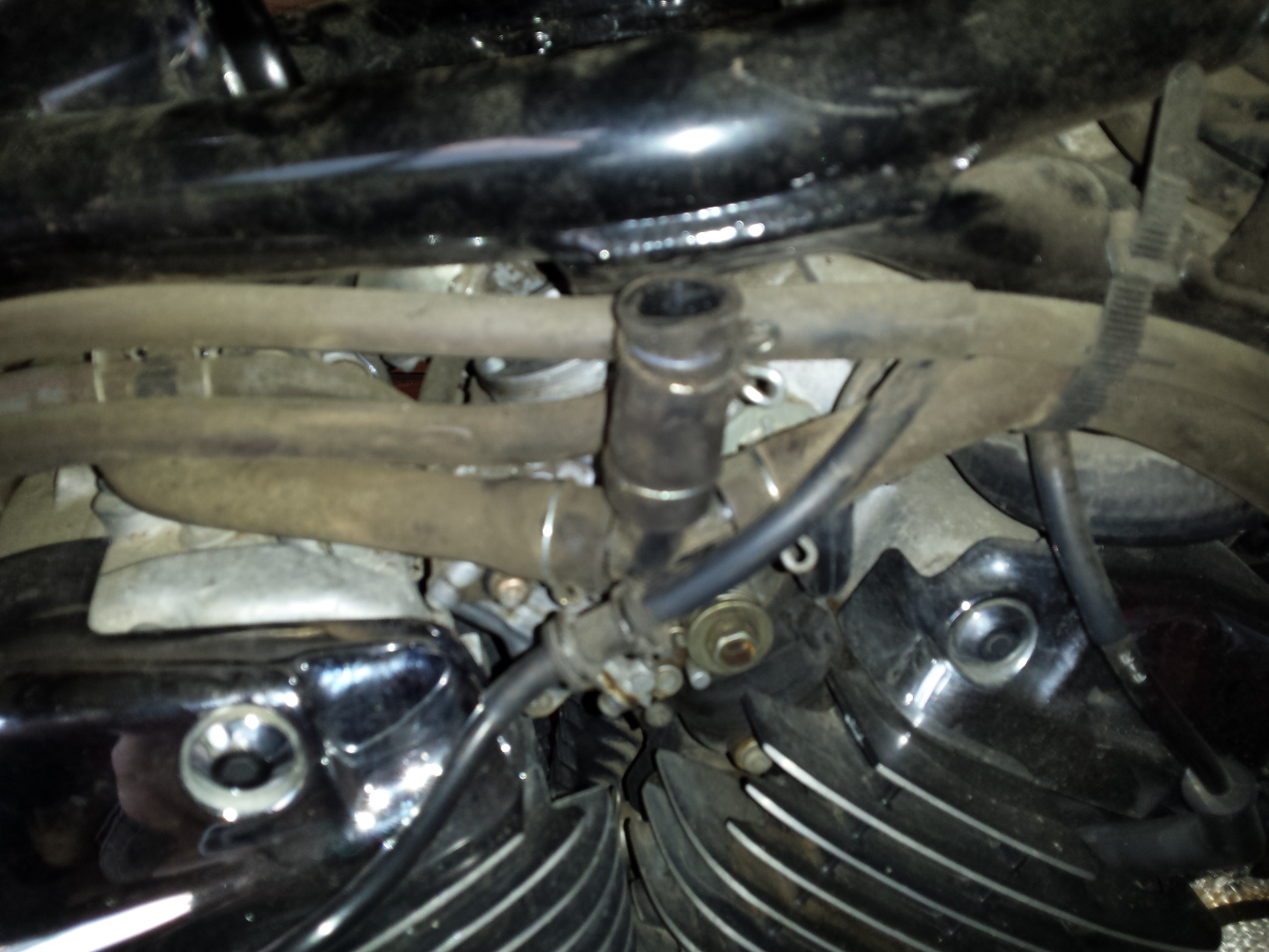 Maxresdefault further Honda Shadow Diagram Honda Vt C Shadow Spirit Motorcycle Owners Manual further Suzuki Gs C Usa E Carburetor Gs B Gs Cfnogs Gs Ecfno Big Img A together with S L as well Maxresdefault. on honda shadow 750 carburetor