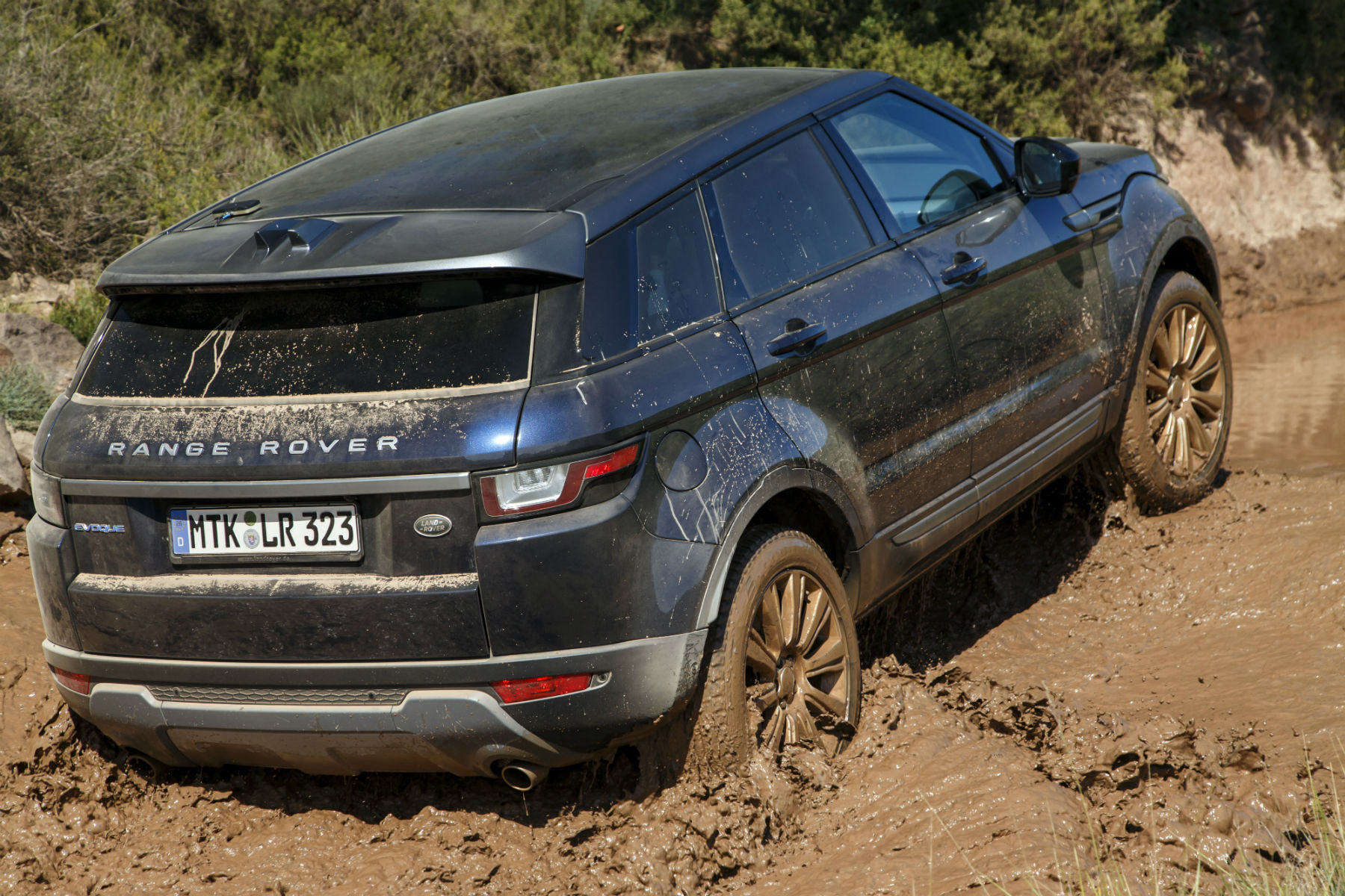 Range Rover Evoque review 2015 first drive