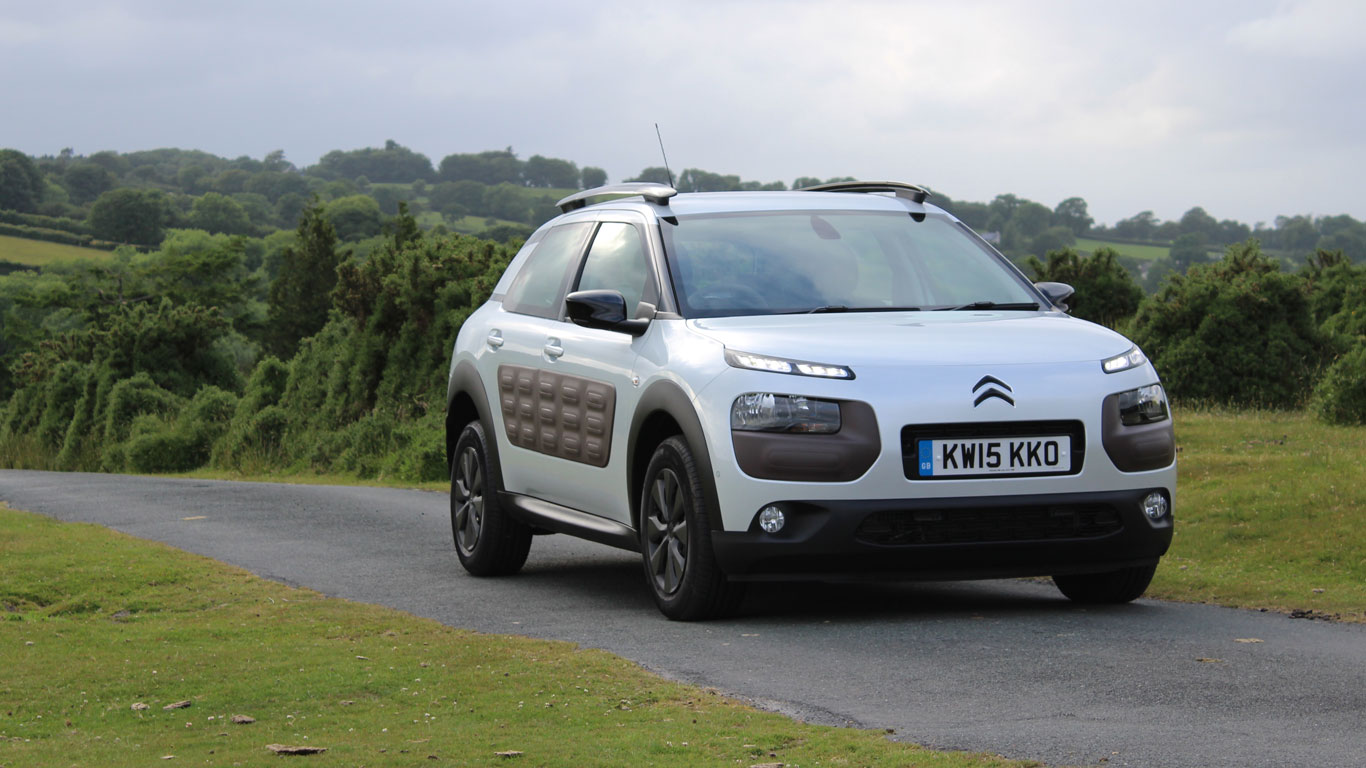 citroen c4 cactus feel bluehdi 100 two minute road test. Black Bedroom Furniture Sets. Home Design Ideas