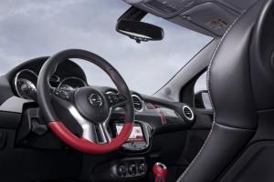 Opel-ADAM-ROCKS-295201