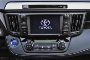 Toyota Rav4 Hybrid Interior LQ  (1)