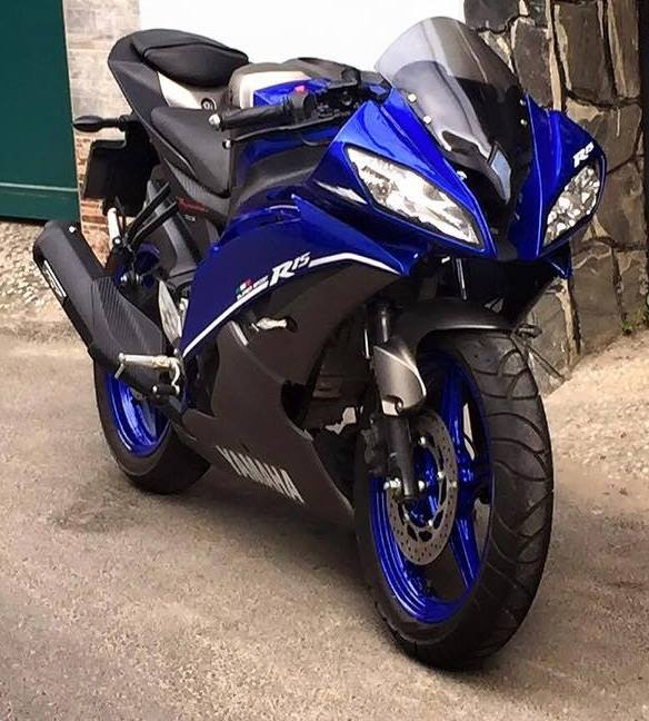 Pulsar 220 Hd Wallpapers 1080p This Yamaha Yzf R15 V2 0 From Vietnam Is Smartly Dressed