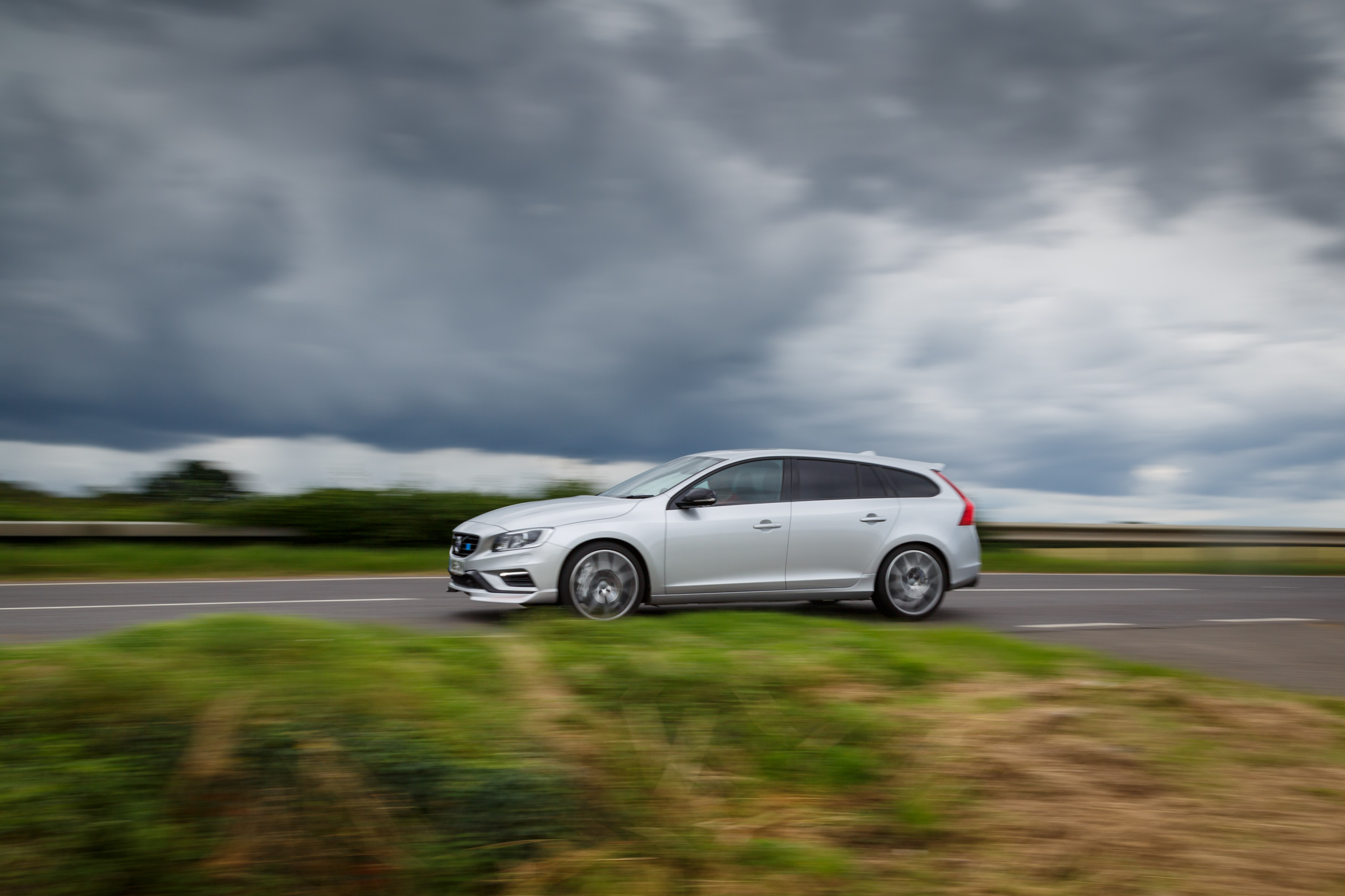 Four Cars Wallpapers 2016 Volvo V60 Polestar Review