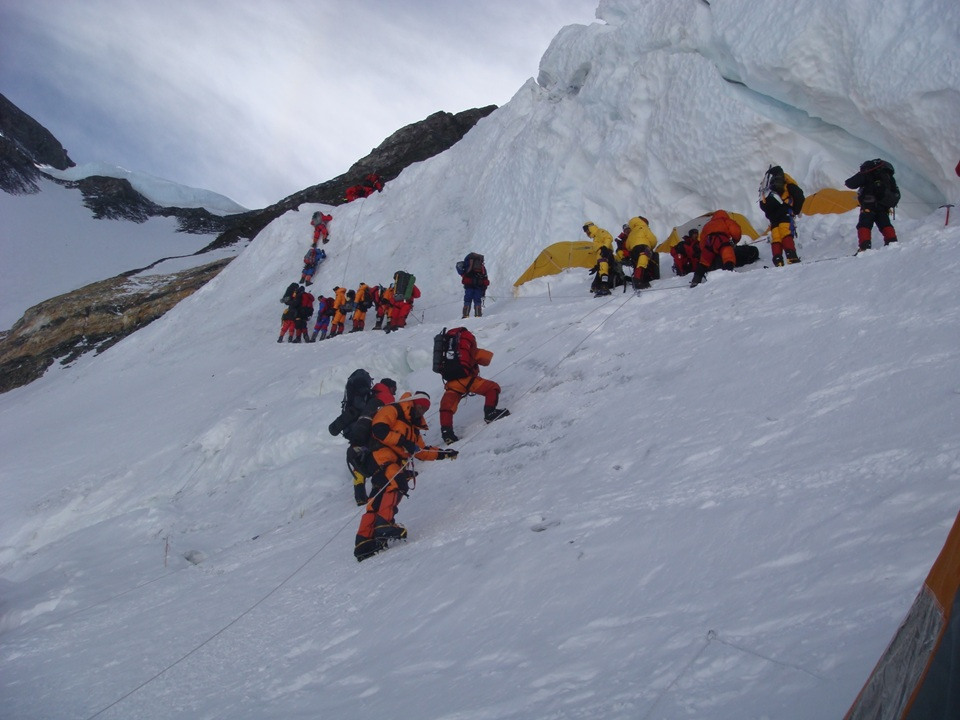Ice Fall Wallpaper Mount Everest Camp 4
