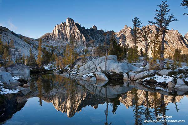 Yosemite Falls Wallpaper Enchantment Lakes Prusik Peak Leprechaun Lake