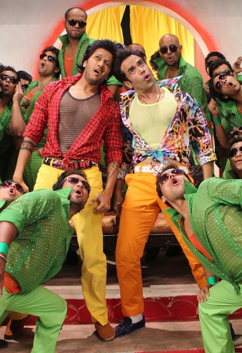 U P Bihar Lootne Video Song from Kya Super Kool Hain Hum