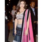 Alia Bhatt at Filmfare Awards 2013