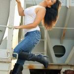 Jism 2 Sunny Leone Unseen Photos 3-6