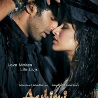 "Milne Hai Mujhse Aayi Full Video Song From ""Aashiqui 2"""