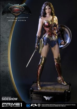 Wonder Woman Polystone Statue by Prime 1 Studio