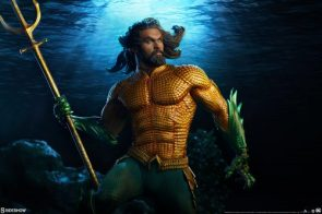 The Aquaman Premium Format™ Figure Brings the Seven Seas to Your Collection
