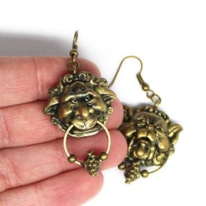 Talking door knockers Labyrinth miniature inspired earrings the pair, gift for her, precious gift, polymer clay earrings by Giuliart