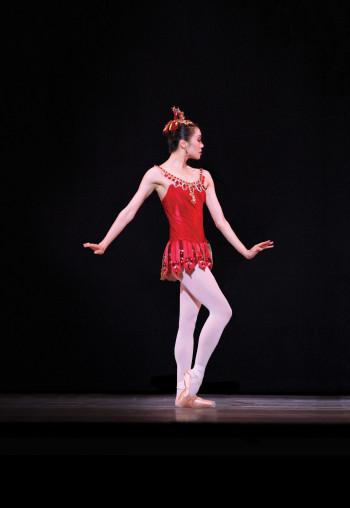Xiao Nan Yu in Rubies. (Photo by David Hou, courtesy of the National Ballet of Canada)