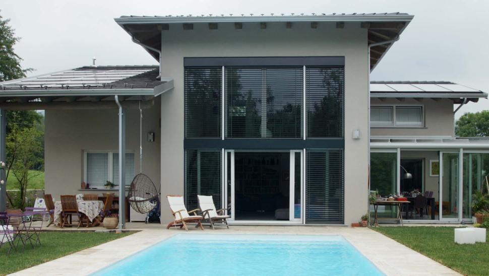 Villa in legno bbs monofamiliare a due piani a giaveno for Piani a 2 piani
