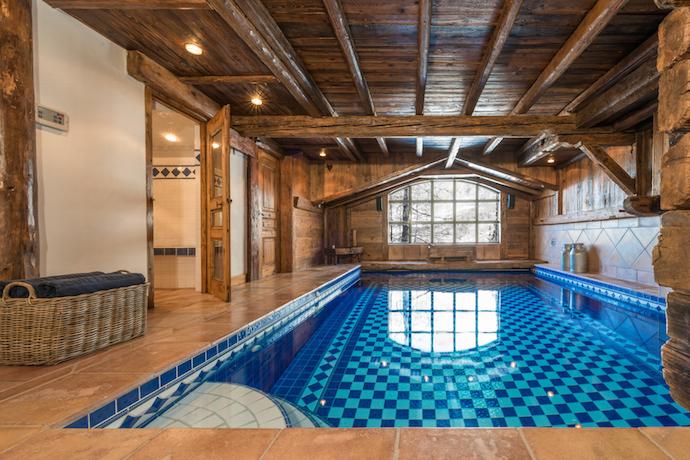 Scott Dunn Ski Chalet Eagles Nest swimming pool