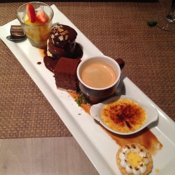 Ice Bar Dessert Cafe