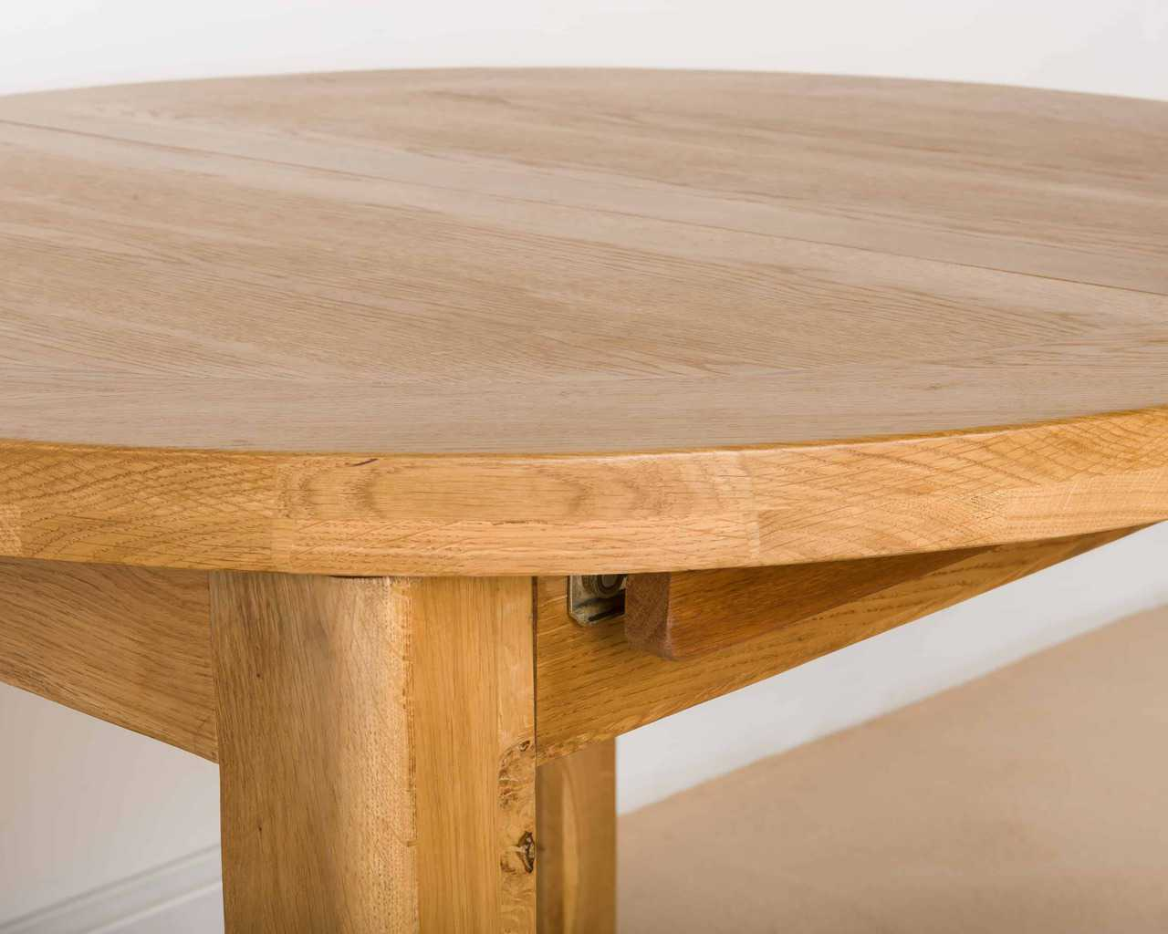 Shrewsbury Solid Chunky Wood Rustic Oak Round Extending