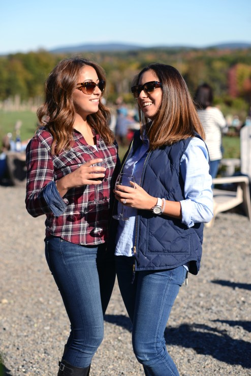 Plaid and Denim fall outfit for a day at the winery