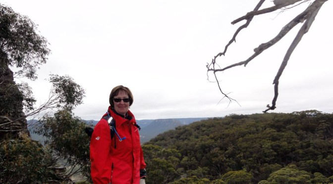 WALK: GARDENS OF STONE (WOLGAN STATE FOREST) -Cape Horn