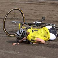 Cómo actuar ante una caída en bici