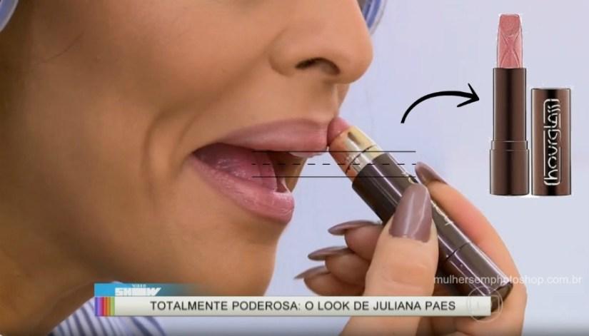 Batom rosa Carolina Totalmente Demais video show