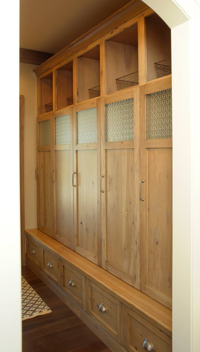 Mullet Cabinet Knotty Hickory Mud Room