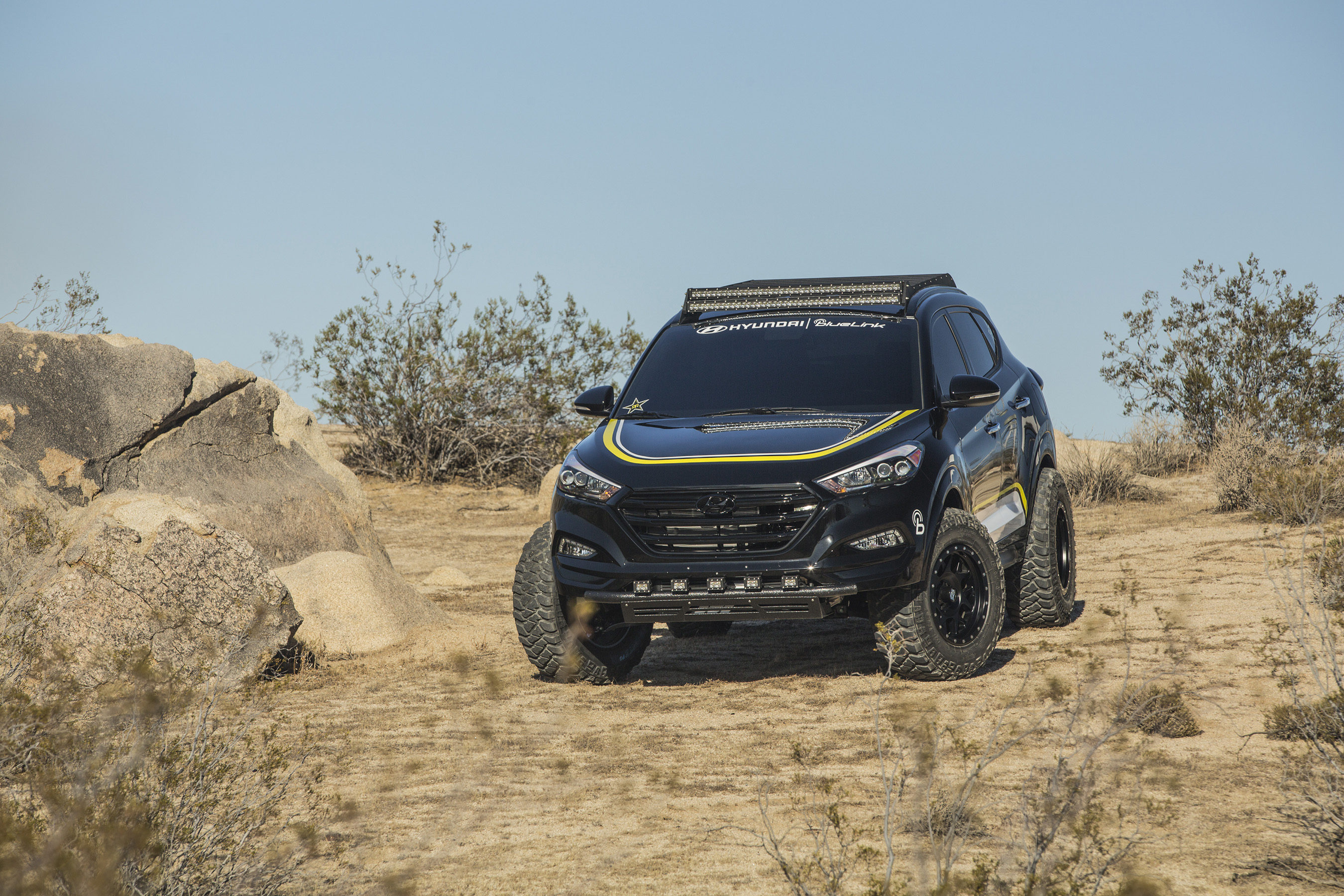 Police Car Chase Wallpaper Hyundai S 2015 Sema Lineup Features Six Vehicles Built By