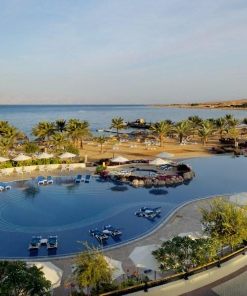 Movenpick Resort & Spa Tala Bay Pool 2