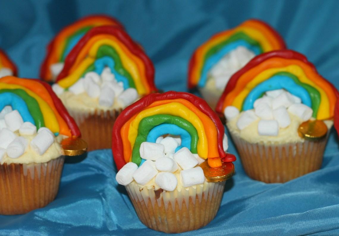 rainbowcupcakes1